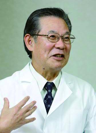 たくさんの患者さんと接し、お尻に本当に優しいクッションは何かと考えた黒川彰夫先生